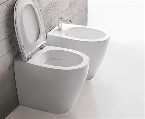 md  rimless floor mount wc lavo bathrooms