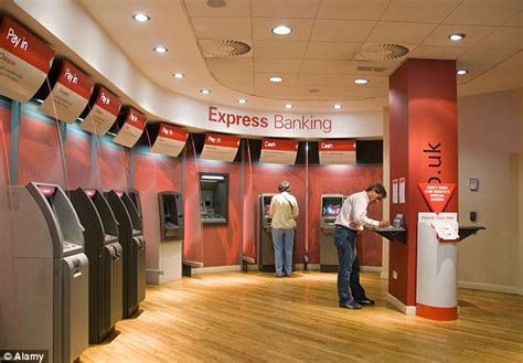 The self-service bank branches driving Britain to