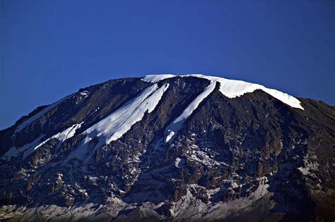 kilimanjaro national park mountain  tanzania