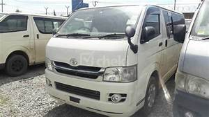 2009 Manual White Diesel Toyota Hiace For Sale