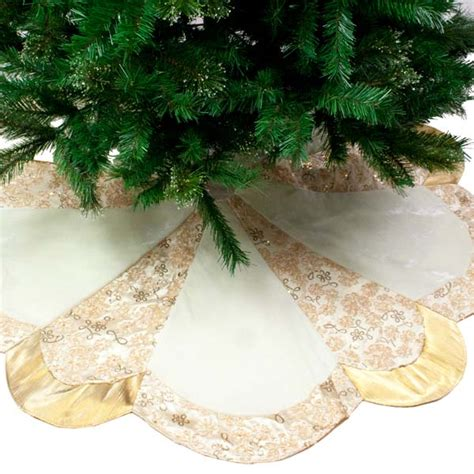 cream gold opulent scalloped edged tree skirt 122cm