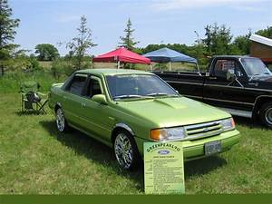 1990 Ford Tempo - Pictures