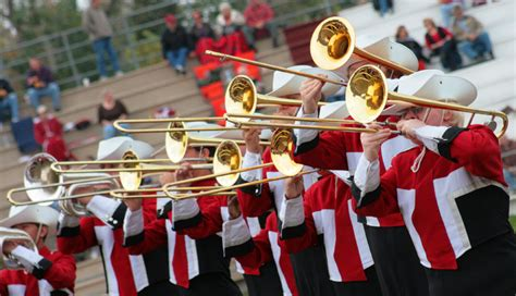 tate band performing in disney christmas parade today for