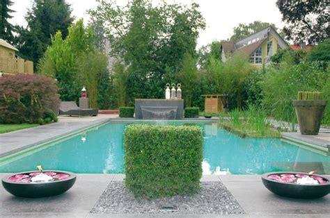 schwimmteich oder pool natur pools zinsser gartengestaltung schwimmteiche und swimmingpools