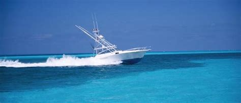 Boat Detailing Pinellas County by Easy Marine Management Inc