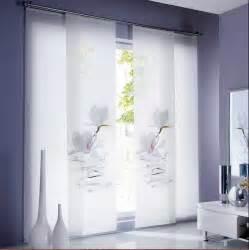 schiebegardinen wohnzimmer gardinen wohnzimmer ideen weiß blumen motiv cbsundstrom