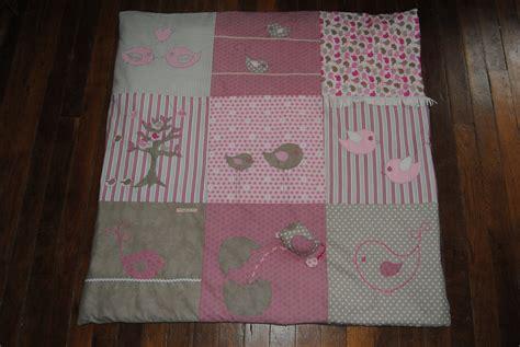 tapis pour chambre de bébé lovely housse de coussin d allaitement 13 chambre d