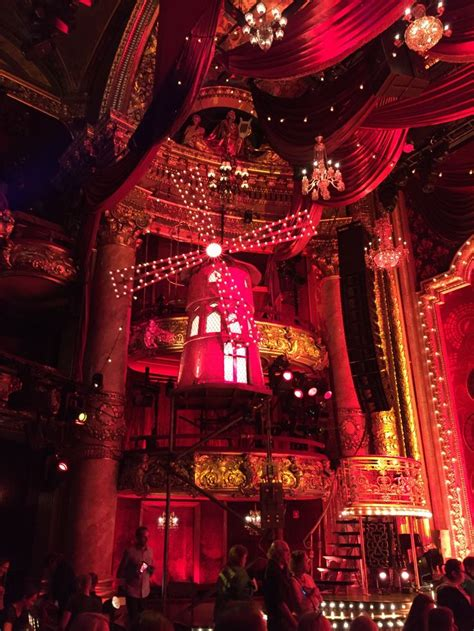 moulin rouge  musical emerson colonial theater