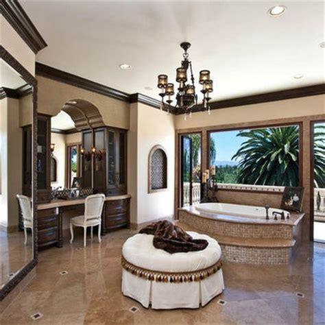 love  dark crown molding home decorating ideas