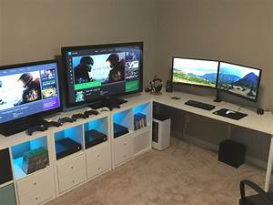 Gaming Zimmer Deko : triathlon training room battlestation pc tisch pinterest schreibtisch ideen und tisch ~ Markanthonyermac.com Haus und Dekorationen