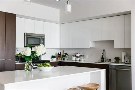 creating  minimalist kitchen tips  clean declutter  simplify downshiftology