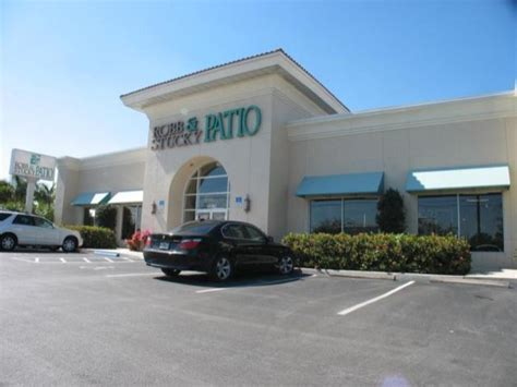 Carls Patio Fort Myers by Boca Raton S Carls Patio Buys Robb Stucky Building