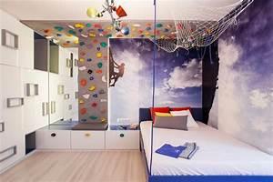 Decoration Murale Chambre Enfant : d co chambre enfant 50 id es cool pour enjoliver les murs ~ Teatrodelosmanantiales.com Idées de Décoration