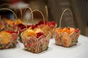 67 best images about gift wrap ideas on Pinterest | Dubai ...