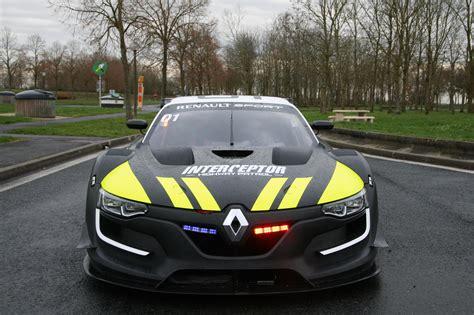 renault rs 01 la gendarmerie va t elle rouler avec une renault sport r s