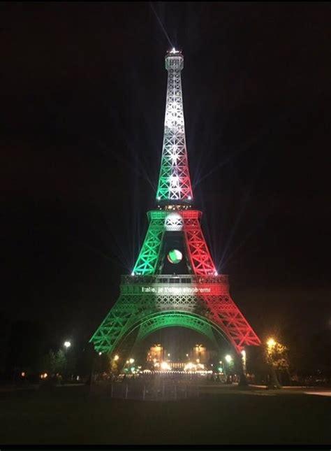 torre eiffel illuminata 2016 la torre eiffel 232 bianco rosso verde europei