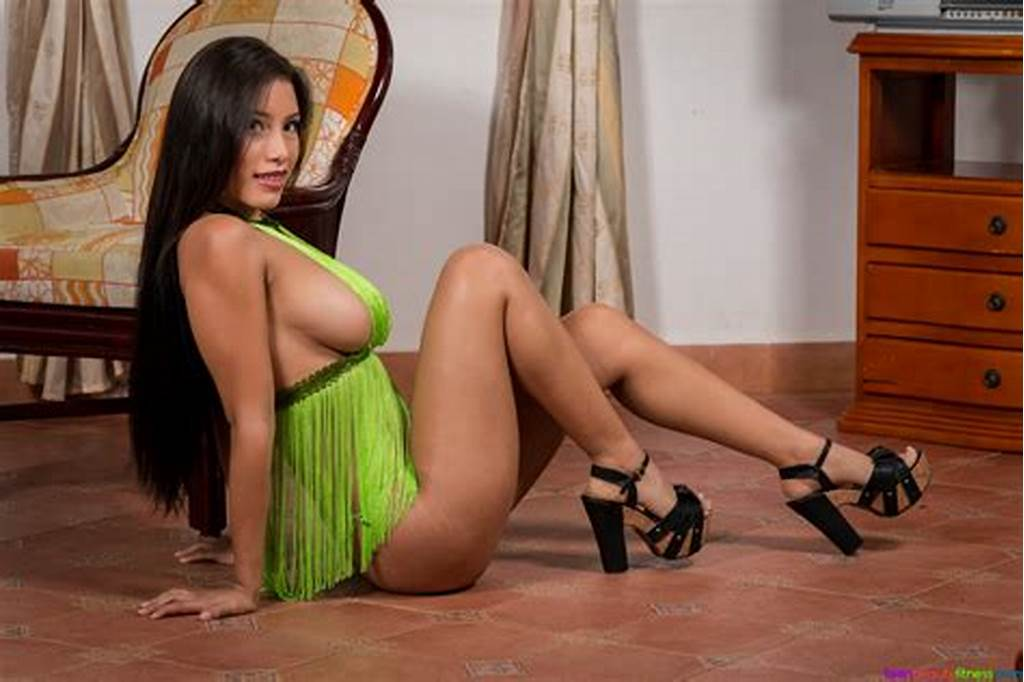 #Level #For #Latina #Teens