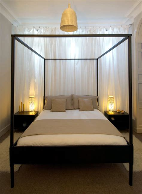 black canopy bed  steel frame interior design ideas