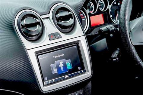 Apple Carplay, Android Auto, Car