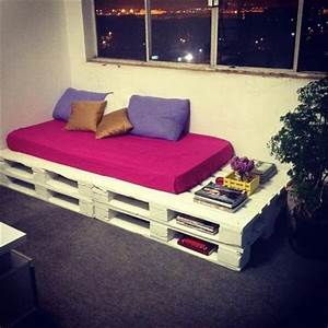 15 ways to use old pallets for furniture 99 pallets With pallet sofa bed