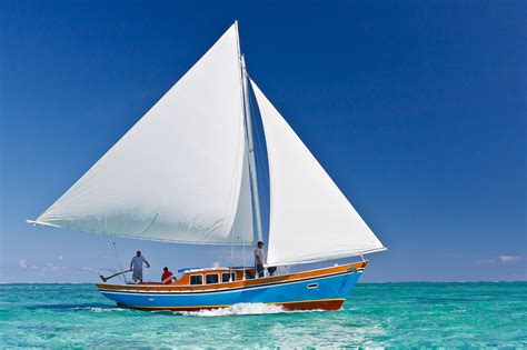 ambergris caye belize central america luxurious island honeymoon vacation packages blue