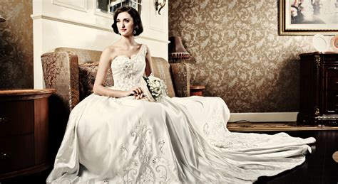 7a9295ccedd 15+ Best Wedding Dress Designer Jakarta – weddingsatwhisperingoaks