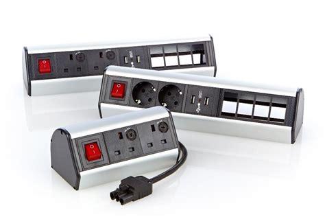 le bureau d 騁ude 555 280 bandeaux électriques de bureau excel 2 x prises schuko excel networking