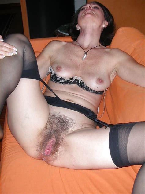 Milf Hairy Amtateur Mature Homemade Panties Voyeur
