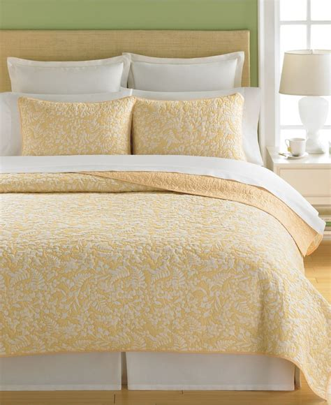 martha stewart quilts martha stewart collection bedding aspendale quilts quilts bedspreads bed bath macy s