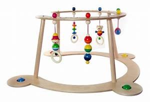 Arche Bébé Bois : guide pour acheter un portique en bois pour b b meilleur trampoline ~ Teatrodelosmanantiales.com Idées de Décoration