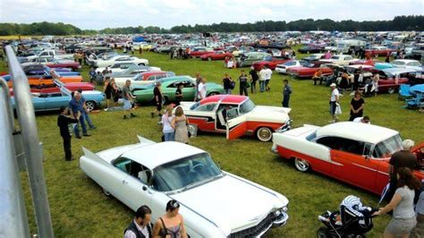 The World's Biggest Classic Car Show