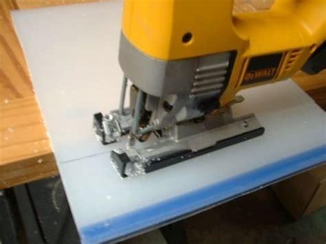 cutting acrylic acrylic