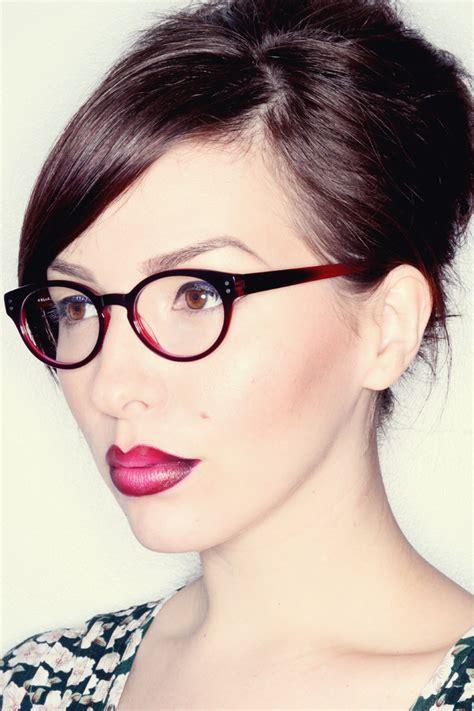 Makeup Monday Ombré Glasses Ombré Lips Easy Tutorial