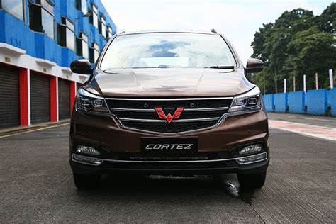 Gambar Mobil Wuling Cortez by Wuling Cortez Images Check Interior Exterior Photos Oto