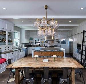 Rustic glam kitchen!! Love this Kitchen & dining room