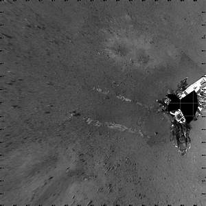 File:PIA16094-Mars Curiosity Rover-First Drive Tracks.jpg ...