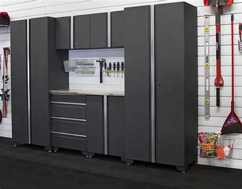 armoire et cabinet pour rangement de garage