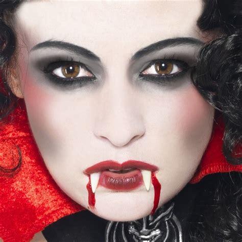 party deko vampir schminkset mit zaehnen