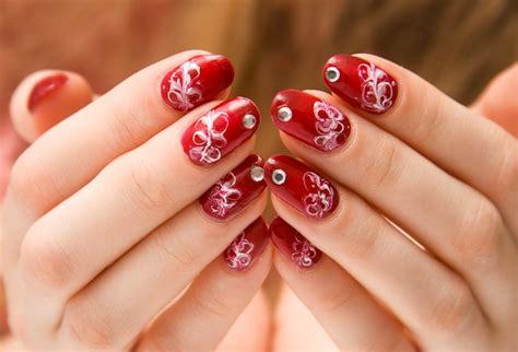 Gel Nails Vs. Acrylic Nails