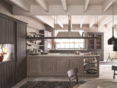 Cucine In Legno Moderne E Classiche