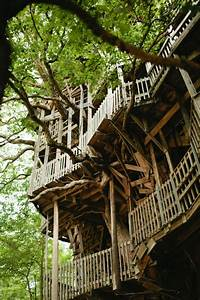 The ministers treehouse a 100ft tall church built over for The ministers treehouse a 100ft tall church built over 11 years without blueprints