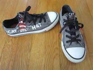 cat tennis shoes dr seuss cat in the hat converse tennis shoes