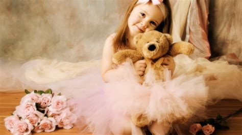 20+ Cute Wallpapers For Girls