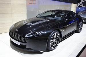 Aston Martin V12 Vantage S : aston martin v12 vantage carbon black 3automotive ~ Medecine-chirurgie-esthetiques.com Avis de Voitures