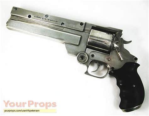 Trigun Replica Movie Prop Weapon