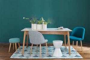 Fauteuil Bleu Scandinave : le fauteuil design scandinave ~ Teatrodelosmanantiales.com Idées de Décoration