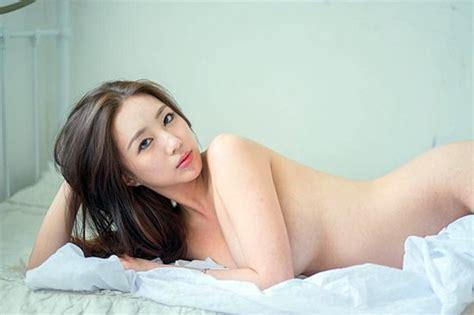 엄상미 비키니 몸매 공개 '가슴에서 흐르는 물마저 섹시