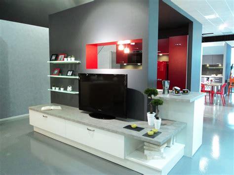 tv pour cuisine aviva fait aussi de l aménagement salon et des meubles tv