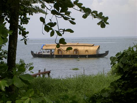 House Boat At Kollam by File House Boat Jpg Wikimedia Commons