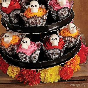 Day of the Dead Skull Cupcake Tower How To - Party City